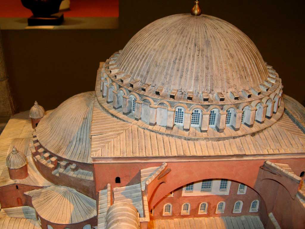 Modell av en gammel bygning i miniatyr, taktil